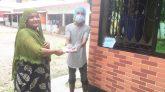 জালালাবাদ থানা আওয়ামীলীগের প্রধান উপদেস্টা  এম এ ক্দ্দুুস এর অসহায়  মধ্যে সুরক্ষা সামগ্রী বিতরণ